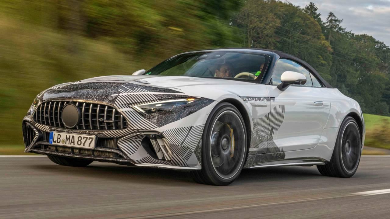 Tasarımıyla dikkat çeken 2022 Mercedes SL görücüye çıktı
